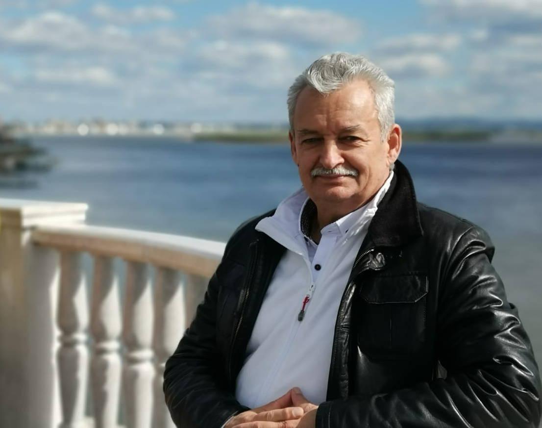 Георгий Максимов портрет